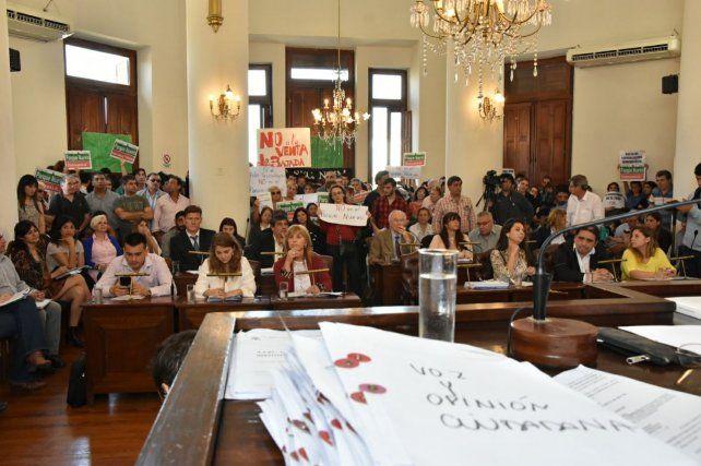 Sesión. La agenda parlamentaria sigue dominada por un tema.Gentileza/HCD