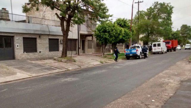 Recolección de pruebas. Personal de Criminalística realizó pericias y trabajo de planimetría. Foto: Javier Aragón.
