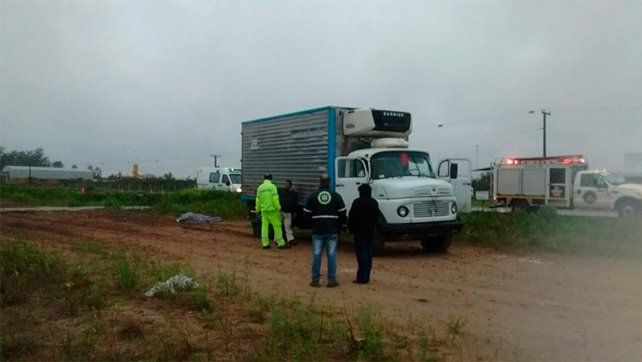 Accidente fatal en ruta 18: Camión despistó, el chofer salió despedido y falleció