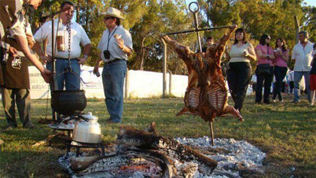 Oro Verde se prepara para una nueva edición de la Fiesta del Cordero a la Estaca