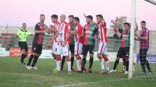 Atlético Paraná volvió a perder y sigue en el fondo de la Zona 3