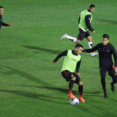 Después de su ausencia ante Talleres, Martín Rivero regresa en el Rojinegro.ovación/Diego Arias