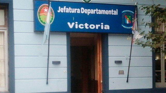 Dudas.La Policía de Victoria trata de establecer cómo se produjo el deceso del hombre de 43 años.