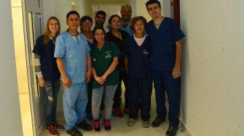 El equipo que trabaja en el Centro de Atención Primaria Veterinaria de Paraná. Foto Prensa Municipalidad de Paraná.