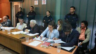 Atentos. Los defensores escuchan a los testigos de Fiscalía y también los interrogan.