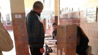 Votos en la escuela Centenario