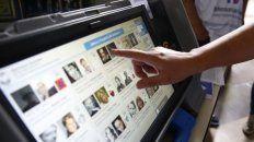 Un documental que relata el trabajo de organizaciones e individuos para sacar a la luz las falencias del voto electrónico.