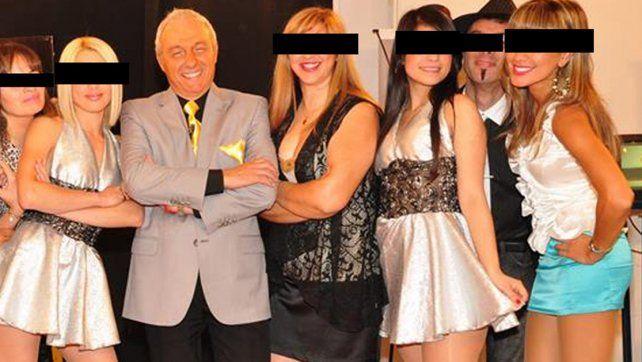 Bellas señoritas. Bignasco simpre le gustó mostrarse con jóvenes en sus programas. Foto: Google.