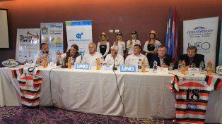 La rueda de prensa fue ayer en el hotel Howard Johnson de Paraná.
