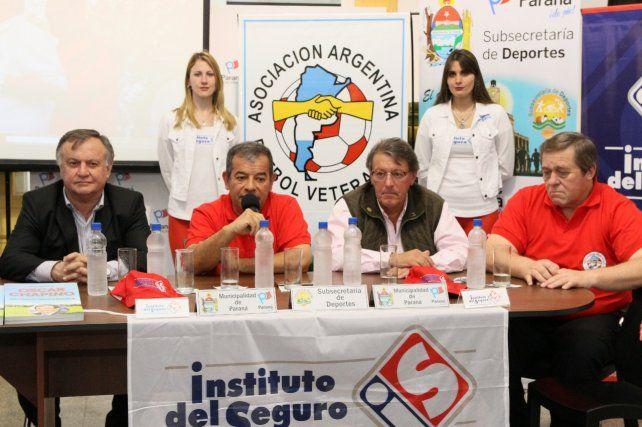 Los dirigentes presentes recordaron con emoción al Cabezón Chapino.