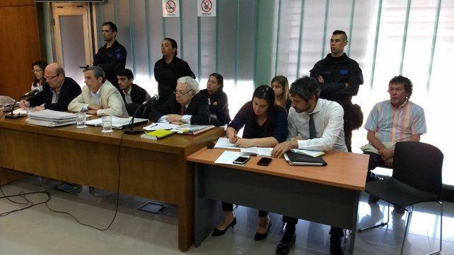 Estrategias. La defensa bregó por la inocencia de los acusados. Foto: Javier Aragón.