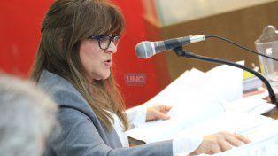 La fiscal leyendo los alegatos. Foto UNO Juan Ignacio Pereira.