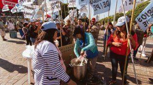 Organizaciones sociales marcharon contra el plan de reformas