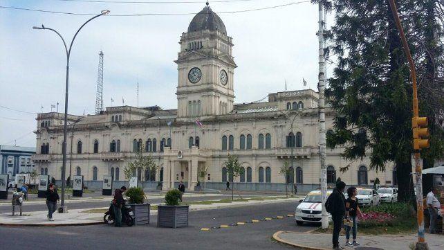 El miércoles se inicia el pago de sueldos a los estatales entrerrianos