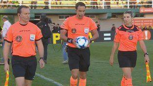 Día histórico para el fútbol argentino: Gisela Trucco debutó en la Superliga