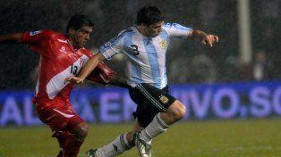 Emiliano Insúa fue convocado a la Selección