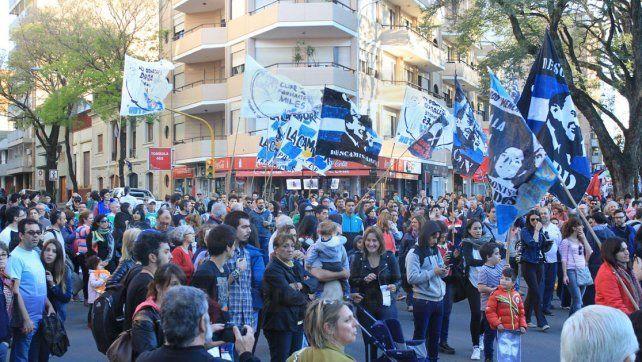 En la marcha que pidió Justicia por Santiago Maldonado señalaron a Gendarmería
