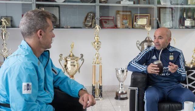 Sampaoli se reunió con Orsanic en Ezeiza