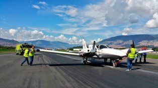 Piloto realizó complicado aterrizaje para salvar a los pasajeros