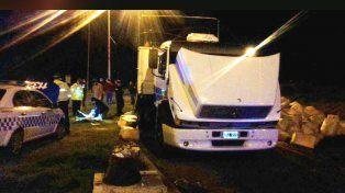 Seis toneladas. El camión Mercedes Benz que transportaba la droga fue requisado en Villaguay.