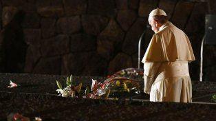 El Papa criticó la autoridad opresiva, que crea un clima de desconfianza y hostilidad