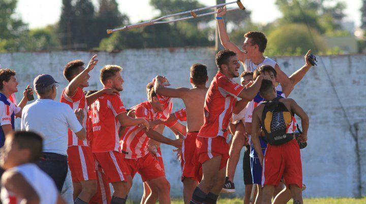 Mirá las fotos de Atlético Paraná campeón en la LPF