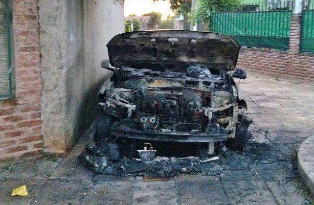 Incendiaron el auto de un dirigente sindical de Concordia