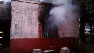 Jugaba con un encendedor y provocó un incendio