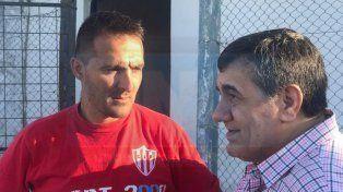 Tincho Benitez junto a Cáceres