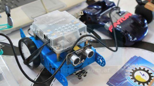 Calidad de vida. Bioingenieros presentaron la primera prótesis de su tipo en Latinoamérica.