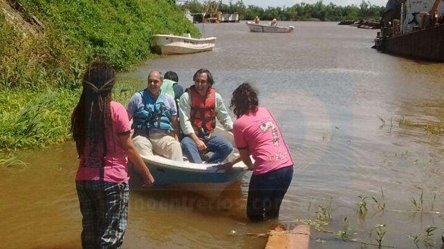El primer paseo. Autoridades de la escuela aprobaron el viaje iniciar sobre el Paraná.