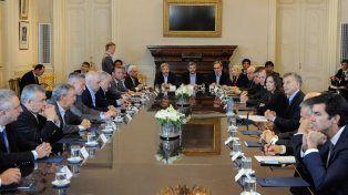 El primer paso. El presidente y los gobernadores lograron el acuerdo fiscal.