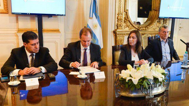 Nuevo acuerdo. La Nación y las provincias buscan equilibrar las cuentas fiscales.