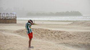 El viento distorsionó la realidad en Paraná. Foto UNO Archivo Mateo Oviedo.