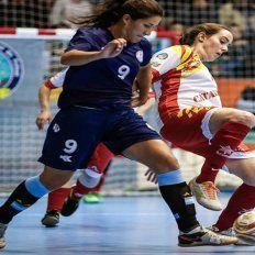 Con gol de Florencia Arce, Argentina goleó en su debut mundialista