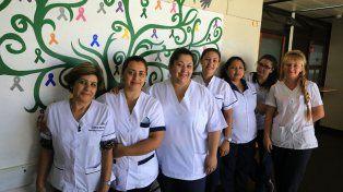 Dedicación. Enfermeras del servicio de Cirugía trabajaron ayer feriado