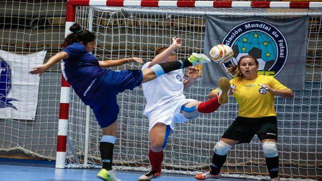 Argentina goleó y se metió en cuartos del Mundial de Cataluña