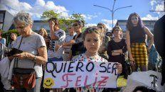 La manifestación se realizó pidiendo por los niños entrerrianos. Foto UNO Mateo Oviedo.