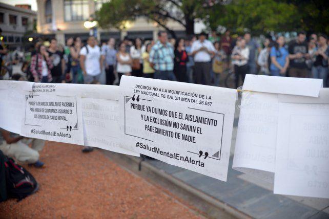 {altText(#SaludMentalenAlerta Foto&nbsp;<b>UNO</b>&nbsp;Mateo Oviedo.&nbsp;,La Salud Mental está en alerta y en Paraná realizaron una asamblea pública )}