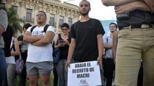 El decreto presidencial quedó en el centro de la escena. FotoUNOMateo Oviedo