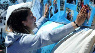 Lleven flores al mar: el mensaje de la Armada a los familiares