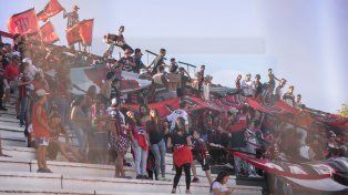 La barra de Patronato atacó a integrantes de una escuelita de fútbol de Deportivo Strobel