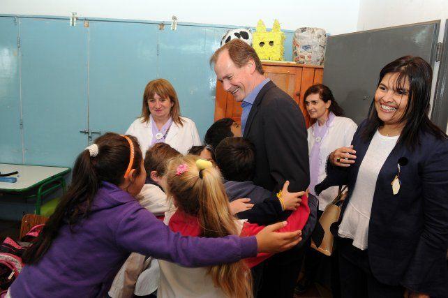 Doble jornada. El mandatario dijo que es un orgullo haber llegado a tener 134 escuelas primarias Nina.