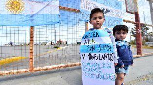 Familiares del ARA San Juan expectantes con la comisión bicameral que investigará que pasó con el submarino