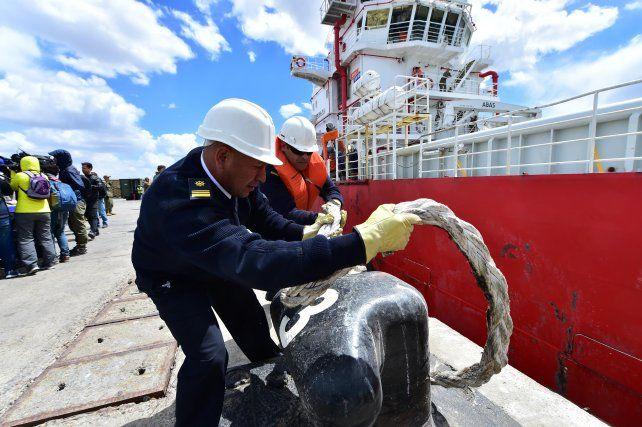 El buque Sophie Siem partió con el mini submarino a la zona de rescate del ARA San Juan
