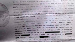 Una chofer de taxi denunció a Carlos Bilardo por acoso callejero