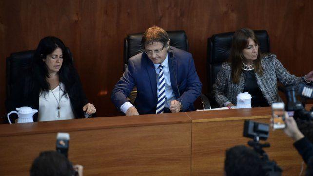 Cuestionados. Los jueces que presiden el juicio a la banda de Los Monos de la ciudad de Rosario.