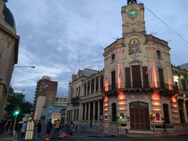 Se encendieron las luces rojas en la Municipalidad de Paraná. Foto UNO.