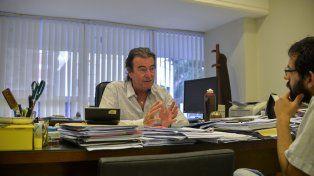Castrillón en la entrevista con el periodista de UNO Marcelo Comas. Foto UNO Mateo Oviedo.