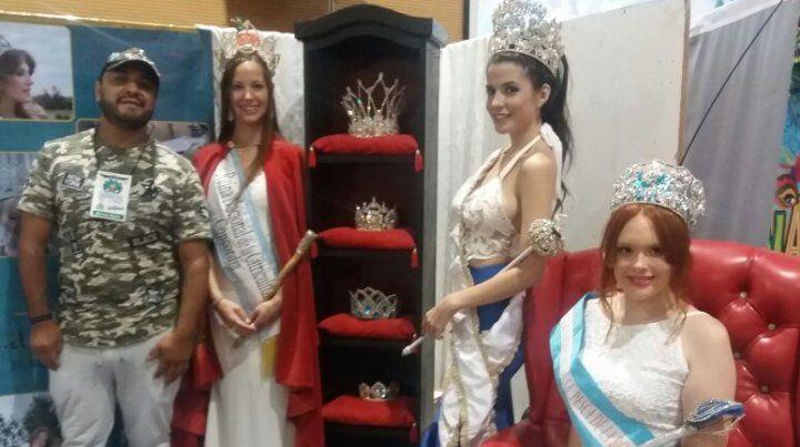 Las reinas en la Expo de Concordia.
